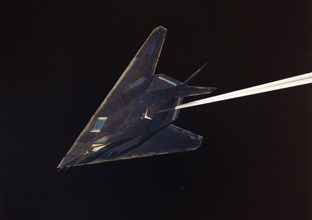F-117-es modell ugyancsak radarteszthez előkészítve.