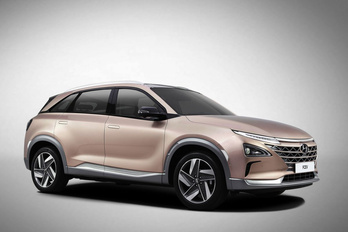 Jön az újabb, vizet kipufogó Hyundai