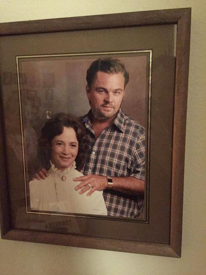 """""""A nagyi egy magazinból kivágott Leonardo DiCaprio-fejet ragasztott a már elhunyt, nem túl kedves férje helyére. A Photoshop 80+ éves verziója."""""""