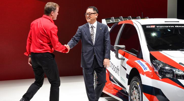 Tacuro unokaöccse, Akio Tojoda, a vállalat jelenlegi elnöke