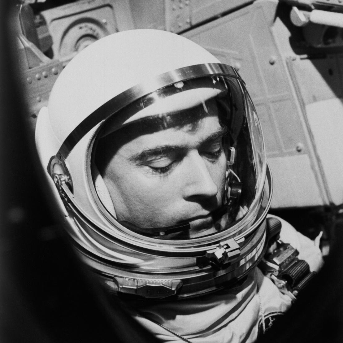 1965. március 23. John Young, a Gemini-Titan 3 küldetés pilótája start előtti utolsó pillanatokban
