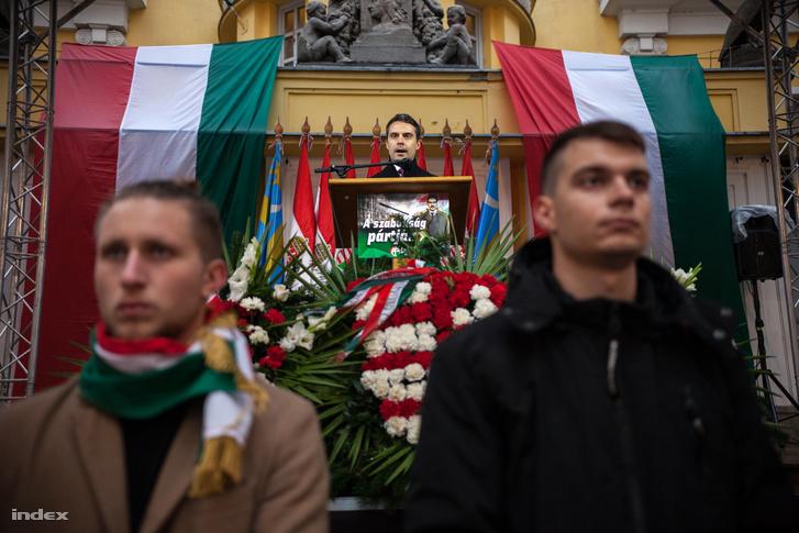 Vona Gábor a Jobbik október 23-i megemlékezésén