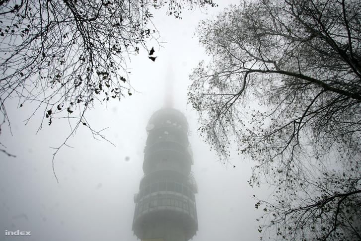 Magyarország legmagasab pontja, a kékesi TV torony csúcsa