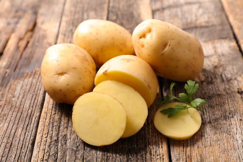 A krumpli héja bizonyítottan sok vasat, kalciumot, káliumot és magnéziumot tartalmaz. A piszkot alaposan ledörzsölve bátran fogyasztható héjastul, isteni steakburgonya készíthető belőle.