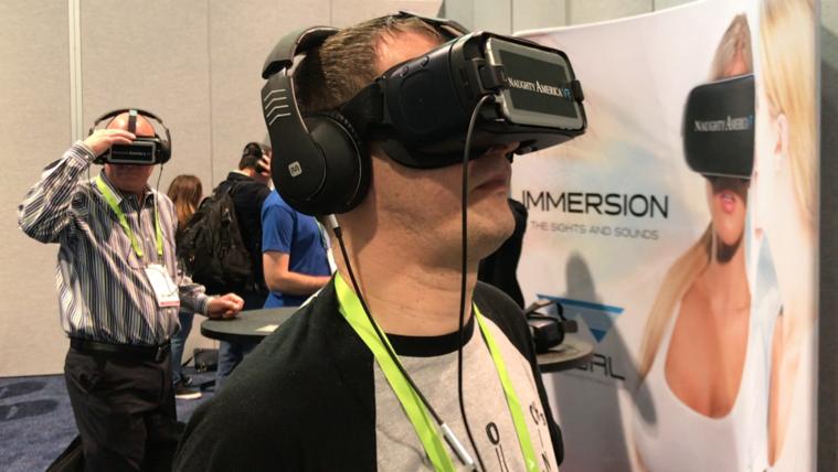 A VR halott, és élvezi