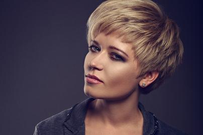 7cd44d92da Ezek lesznek 2018 legdivatosabb rövid frizurái - Nőies és szexi fazonok,  amik kiemelik az arcodat