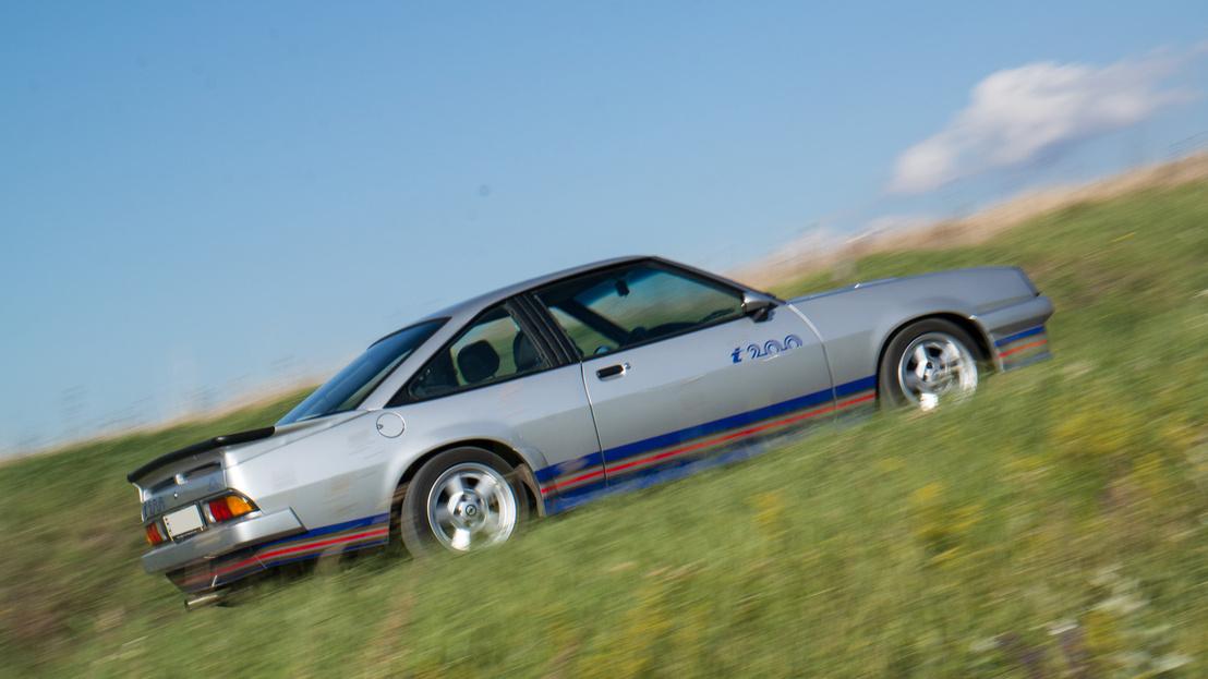Az i200 adta az Opel Manta versenyautók alapját