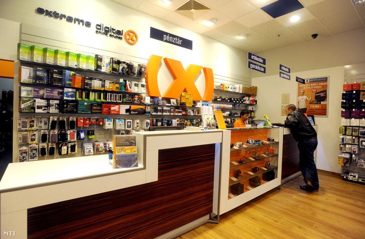 Az Extreme Digital Sugár Üzletközpontban lévő üzlete 2012. október 16-án.