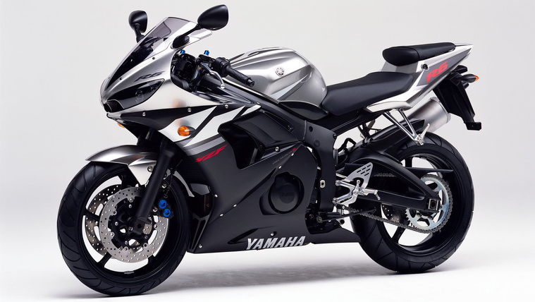 Yamaha R6 RJ05 - 2003
