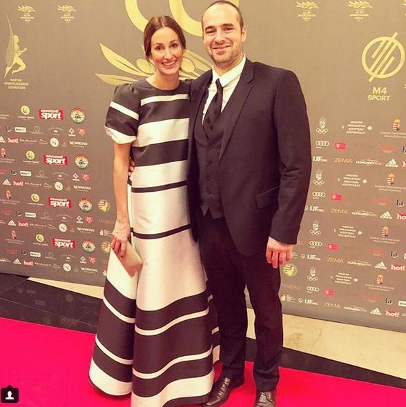 Benedek Tibor, egykori válogatott vízilabdázó és felesége, Epres Panni.