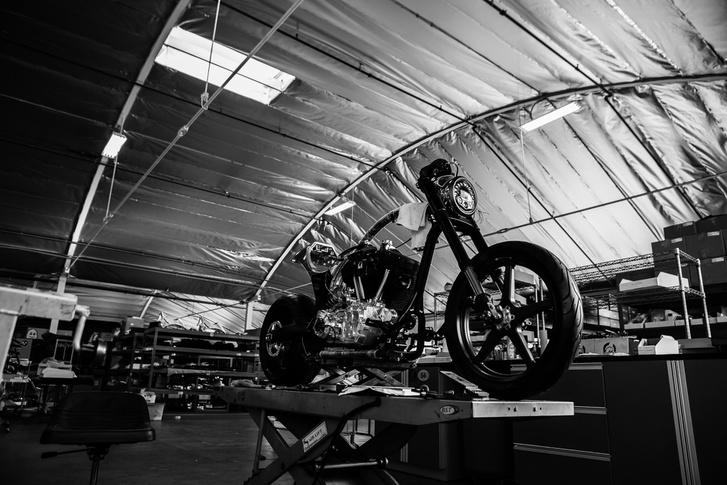 Harmincnál kevesebb motor készült tavaly a Los Angelesi manufaktúrában
