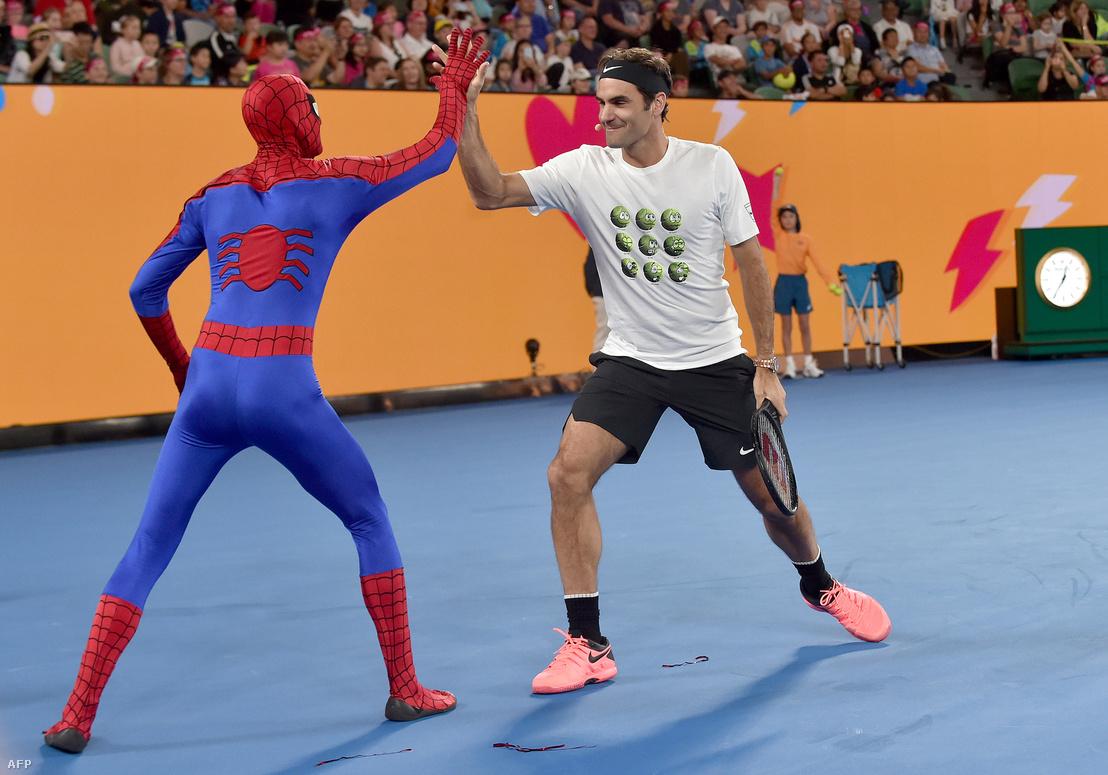 Roger Federer a Pókemberrel is találkozott az AusOpenen