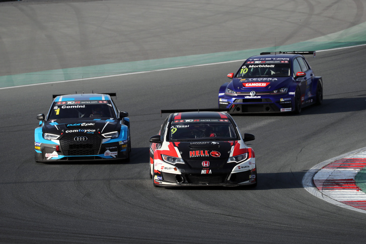 2017-2017 Dubai Race 2---09 Attila Tassi 155