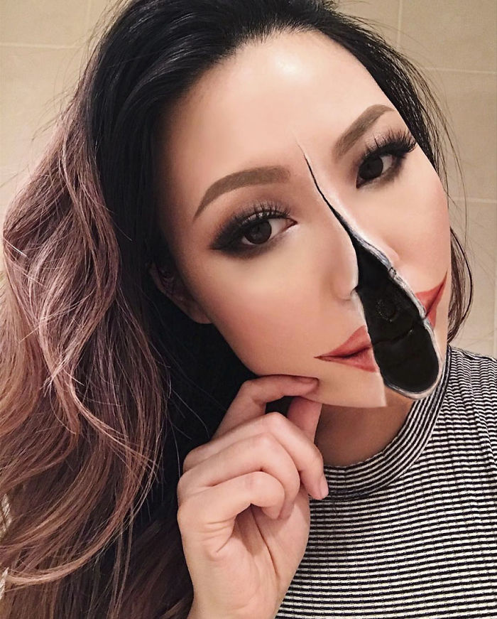 Mimi Choi első extrém sminkje olyan volt, mintha az arca kettérepedt volna. Azóta ezt a technikát mesteri szintre fejlesztette.