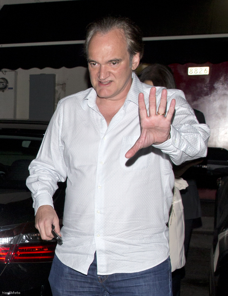 Quentin Tarantinót a fotós például ideges tenyérmutogatásra ösztönözte január 14-én, amellyel elérte, hogy az Oscar-díjas rendező megmutassa a gyűrűjét