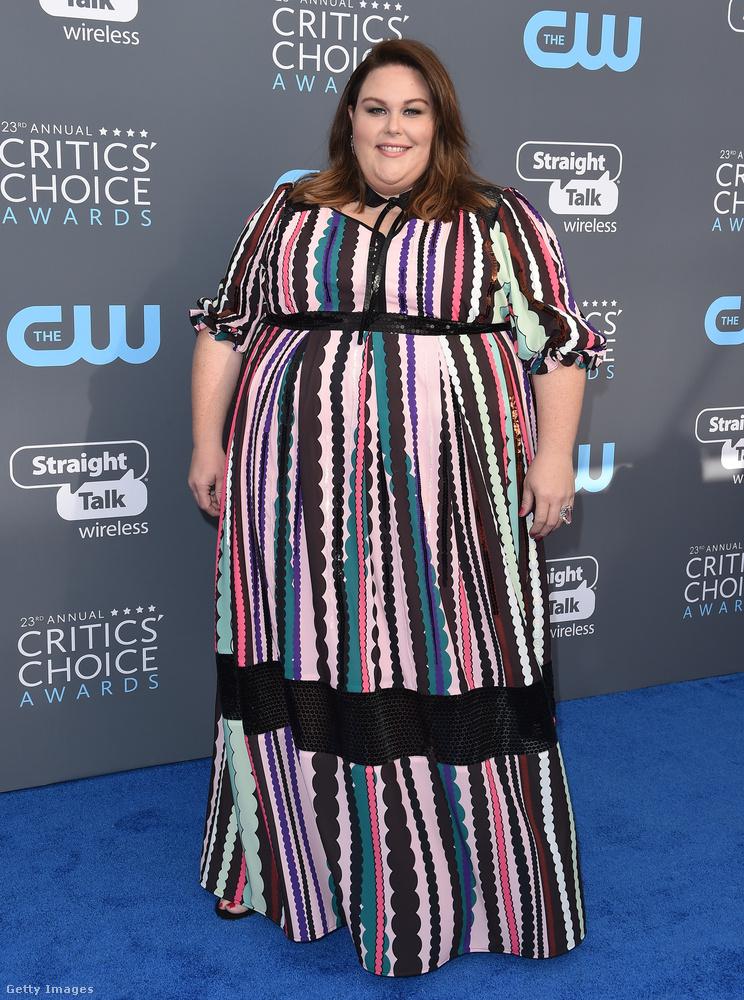 Chrissy Metzet, a megfizethető plus size ruhákban utazó Eloquii öltöztette.