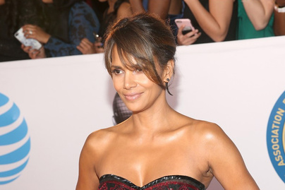 halle-berry-naacp-image-awards-2018-cover
