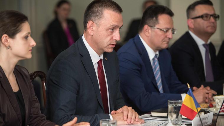 A román államfőnek elege lett a szociáldemokraták bénázásából