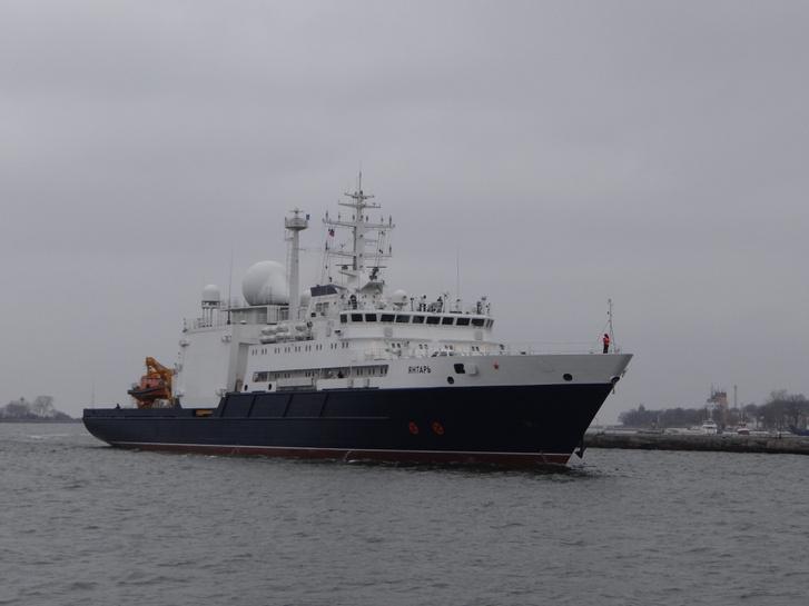 A Jantar nevű hajó