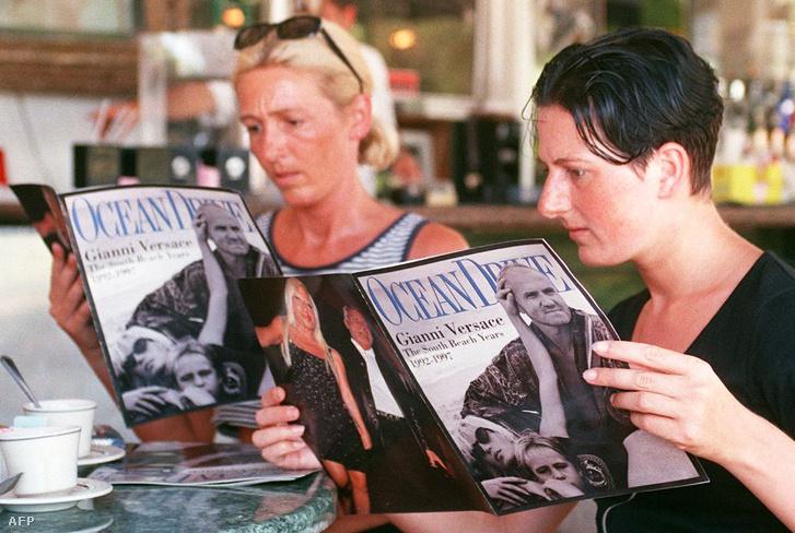 Versace halálhírét olvassák az Ocean Drive magazinban
