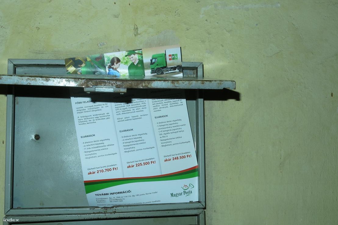 Postaládába bedobott álláshirdetés a Magyar Postától