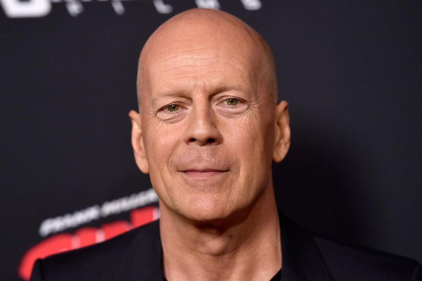 Bruce Willis lányai ilyen dögösek voltak az esti bemutatón - Együtt pózoltak a fotósoknak
