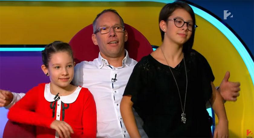 Két kisebbik lányával a TV2 Vigyázat, gyerekkel vagyok! című műsorában szerepelt 2017 decemberében.
