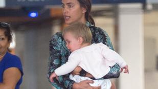Irinya Shayk kislánya tiszta Bradley Cooper
