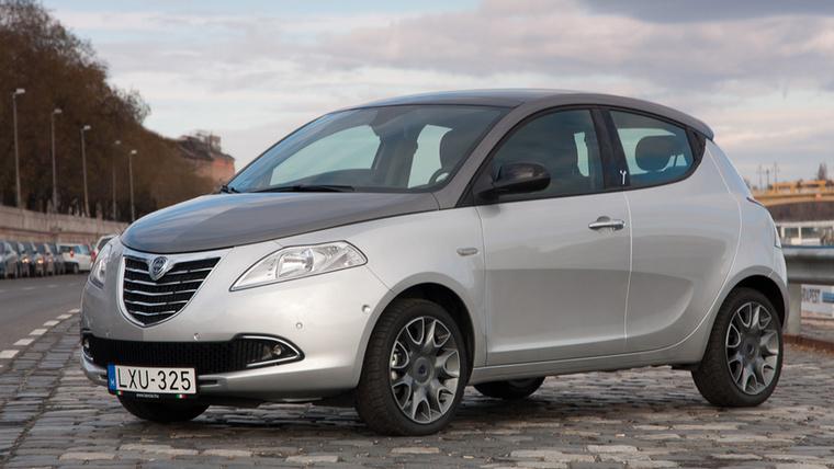 Lancia Y – A márka szép csendben lehúzta a rolót, már csak Olaszországban lehet megvenni az Y-t, mindenféle limitált szériákban
