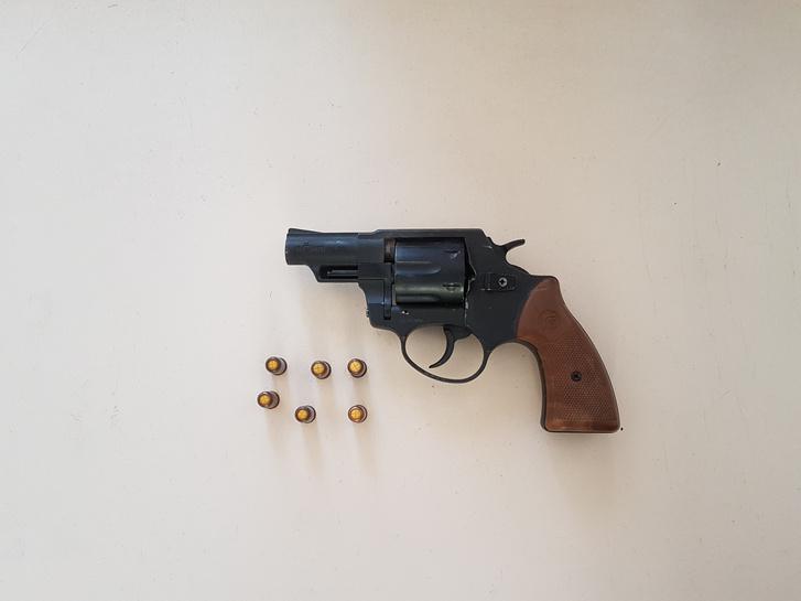 H. Istvánnál gáz-riasztó fegyvert is találtak