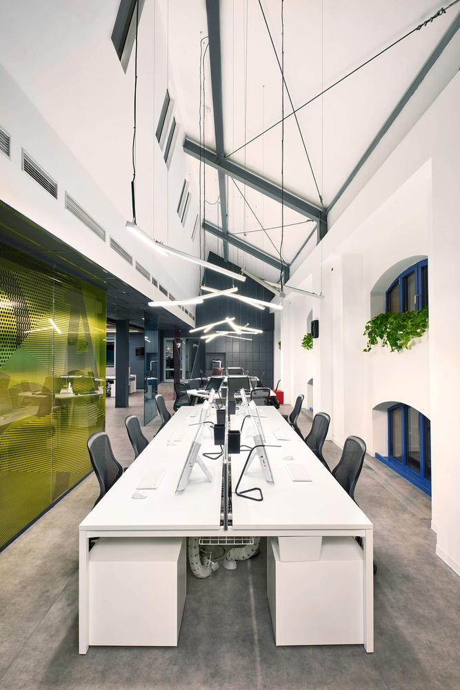 Az ACG is beállt a trendi irodaházak sorába.