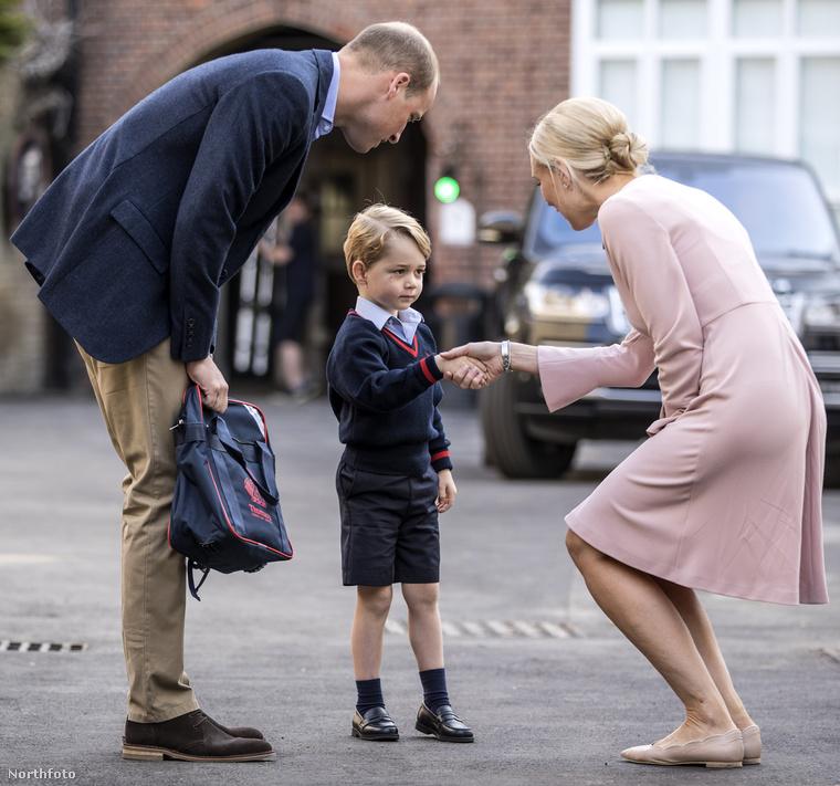 Évek óta téma a sajtóban a herceg kopaszodása, és öccse, Harry herceg, néhány nyilvános beszólása alapján, a királyi családban is