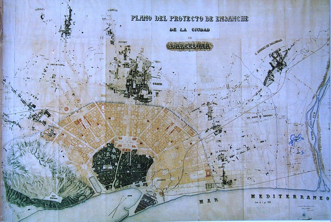 Antoni Rovira első díjas elképzelése Barcelona fejlesztéséről (1859). A budapestihez hasonló kör-sugaras rendszer soha nem valósult meg