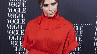 Victoria Beckham a szúnyogcsípéseit eltakarta, a mellbimbóit nem
