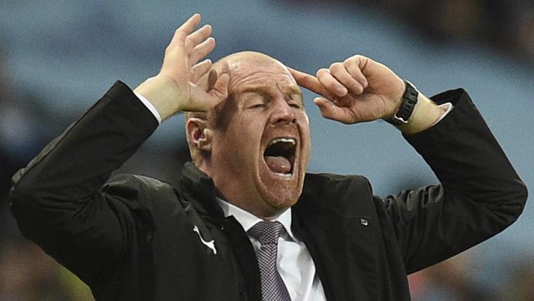 Csak szopogatta a földigilisztákat a Burnley edzője