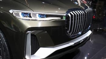 Még nagyobb és még drágább BMW SUV jöhet