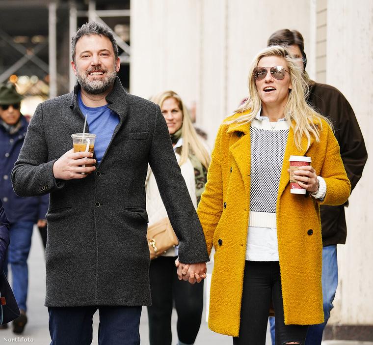 Nem történt semmi nagy esemény, simán csak kávézni mentek, de látszik, hogy kifejezetten jól érzik magukat együtt
