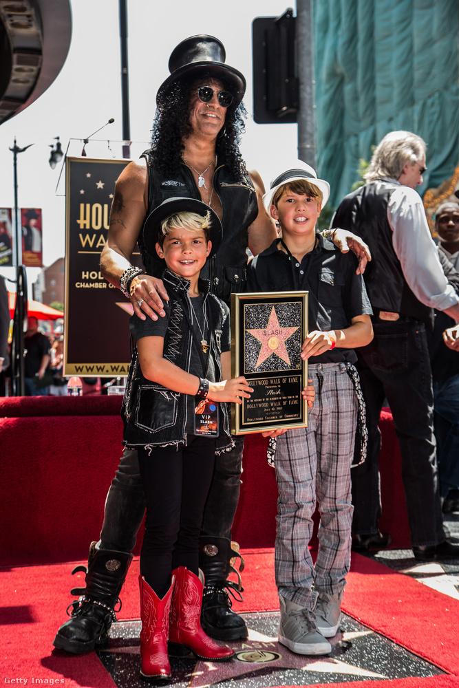 A Guns 'n Roses gitárosa, Slash, szintén az idősebbik fiának adott földrajzi nevet, így lett a gyerek London.