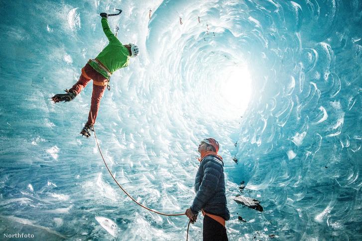 tk3s sn ice cave climbers 8