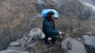 Aki a hegyekben él, az kap postát?