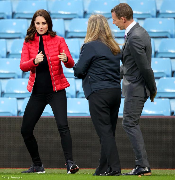 Természetesen Katalin hercegnének is van sport cicanadrágja