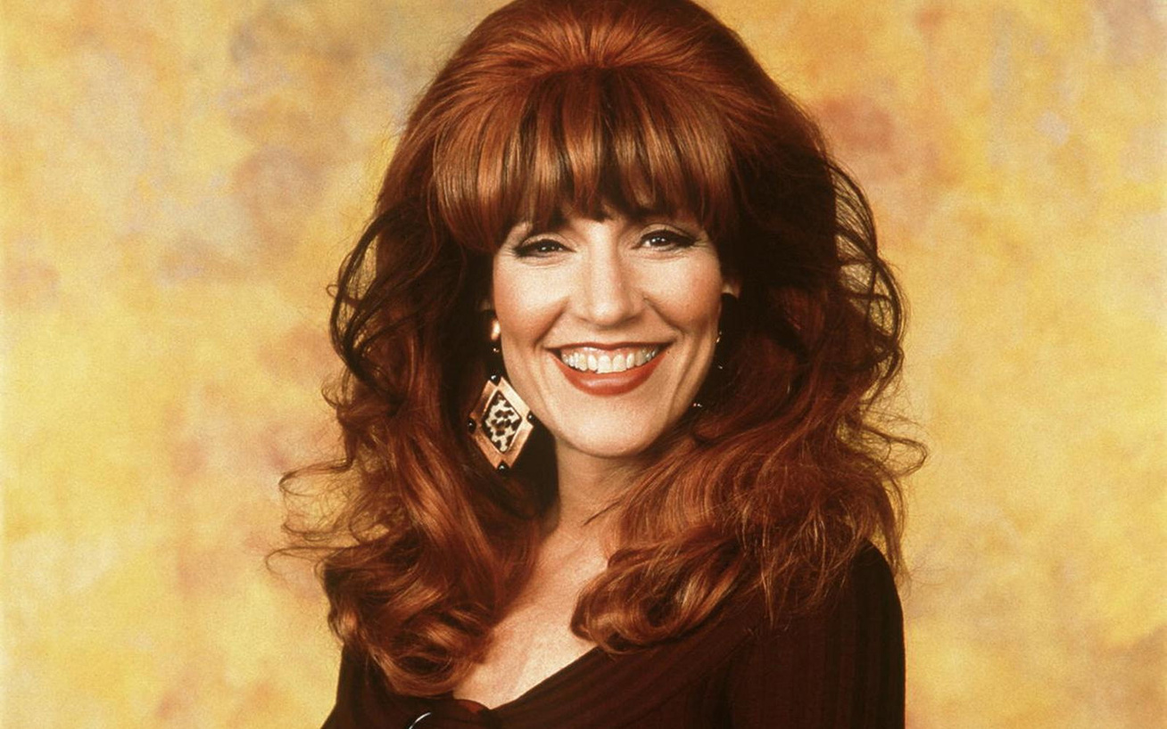 katey-sagal-peggy-bundy-2018-cover