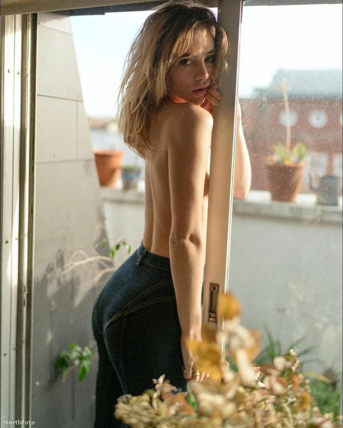 Ő Suki Waterhouse brit színésznő-modell