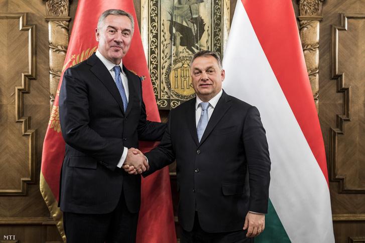 Orbán Viktor miniszterelnök (j) fogadja Milo Djukanovicsot a montenegrói Szocialisták Demokratikus Pártja elnökét korábbi montenegrói államfőt és miniszterelnököt az Országházban 2018. január 25-én.