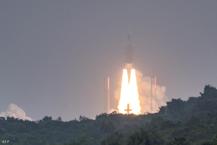Ariane-5 fellövése a Francia Guyanán található Kouroui Űrközpontban