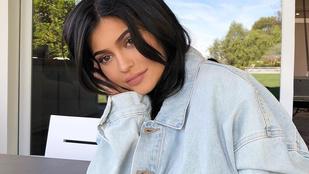 Kylie Jenner testén egyáltalán nem látszik, hogy pár hete még terhes volt