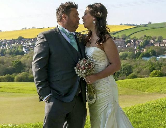 Daniel és Danielle az esküvőjük napján.