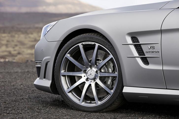 2012 MercedesBenz SL63AMG6