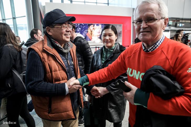 Orendi Mihály ügyvezető és Liu apuka
