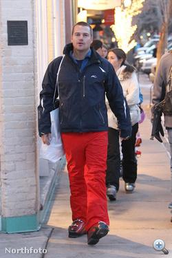 Chris O'Donnel Aspenben sétál